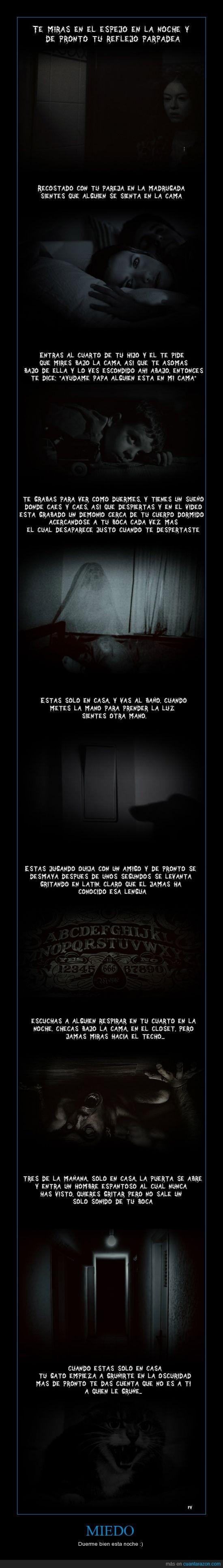aligualduermo,cama,debajo,espejo,miedo,montruos,terror