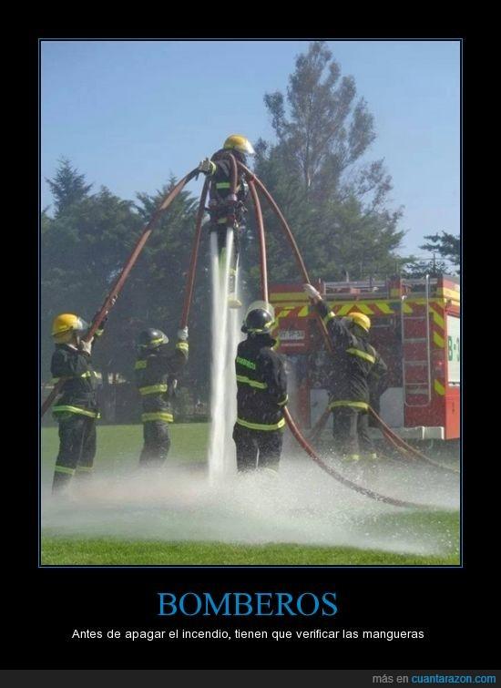agua,bomberos,jetpack acuático,jugar,manguera,presion,verificar,volar