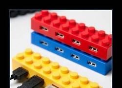 Enlace a HUB USB LEGO