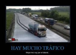 Enlace a HAY MUCHO TRÁFICO