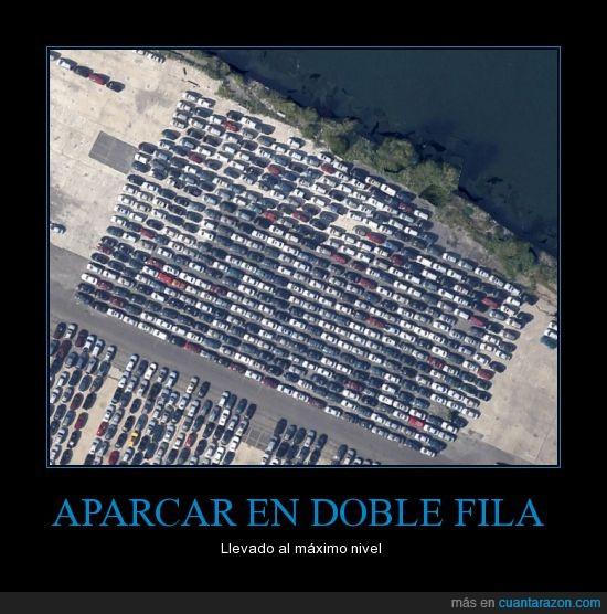coches,Doble fila,en realidad es en el puerto de new york