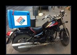 Enlace a MOTOS DEL DOMINO'S PIZZA