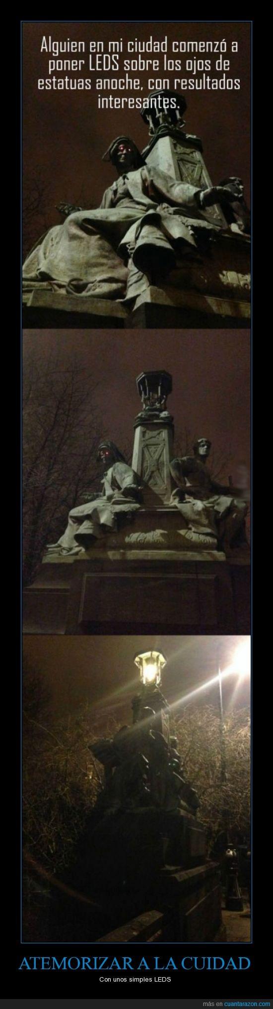 estatuas,LEDS,luces,maldad,miedo,ojos,¡ESO ES DEL DIABLO!