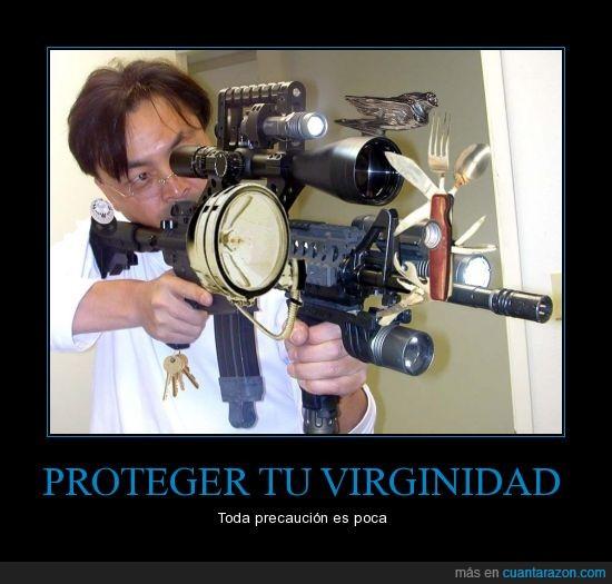 airsoft,arma,hombre precavido vale por dos,las llaves son del cinturón de castidad,precaución,virginidad