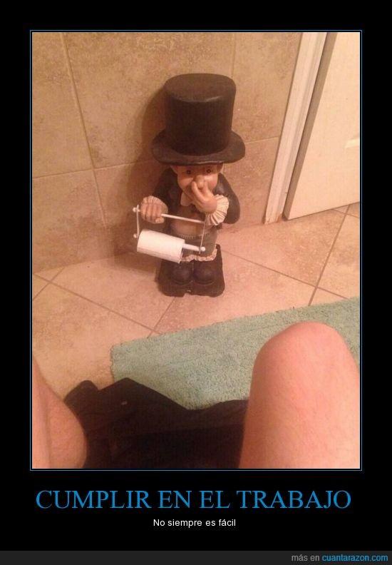 baño,dar,gnomo,olor,papel,peste,wc