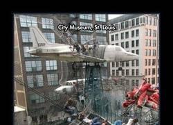 Enlace a El City Museum de St. Louis es el mejor museo del mundo