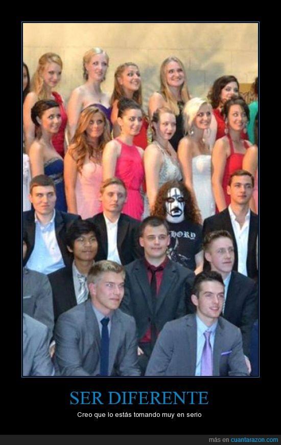 death metal,diferente,escuela,foto,graduación,heavy,metal,traje