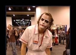 Enlace a Impresionante cosplay de Joker