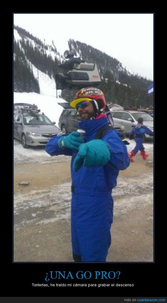 antigua,cámara,casco,chico,esquí,go pro,gopro,hombre,montaña,nieve,tío,ultimas palabras,vieja