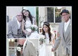 Enlace a Este padre se hizo una sesión de fotos de boda adelantada con su hija