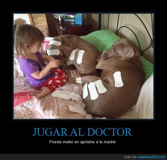 canes,compresa,doctor,inocente,jugar,madre,niña,paciencia,perros,salvaslip,tiritas,toallas femeninas