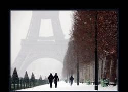 Enlace a París nevado es así de impresionante