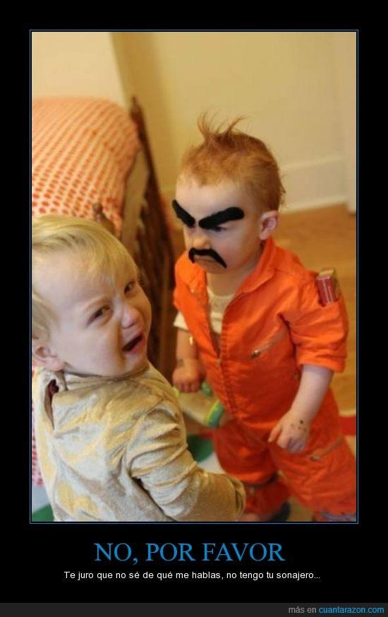 bebe,bigote,cambian,carcel,cejas,criminal,hombre,miedo,niño,preso,reo,tiempos