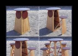 Enlace a Esta mesa y estas sillas son lo mejor pensado que verás hoy