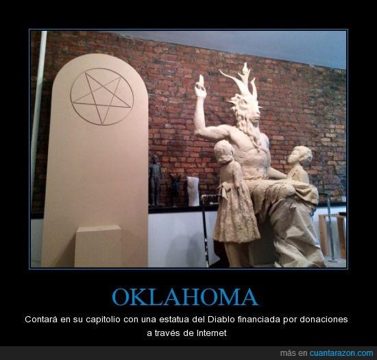 a los del cinturón de la Biblia les va a dar algo,al lado de las tablas de la ley,Diablo,libertad religiosa,Oklahoma,troll
