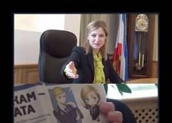 Enlace a Natalia Poklonskaia es tan mona...