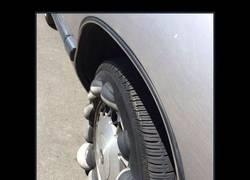 Enlace a Y por esto dicen que no hay que forzar los neumáticos