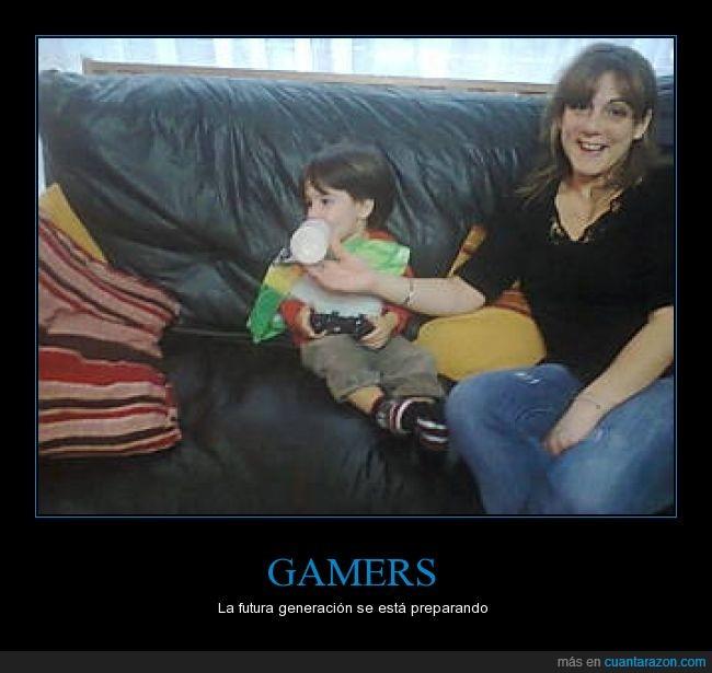bebé,gamers,jugon,leche,niño,pequeño,viciar,xbox