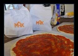 Enlace a CALZONE DE PIZZA