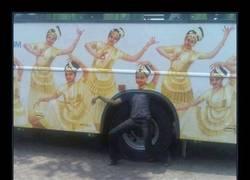 Enlace a Como arranque el bus ya verás tú qué risas