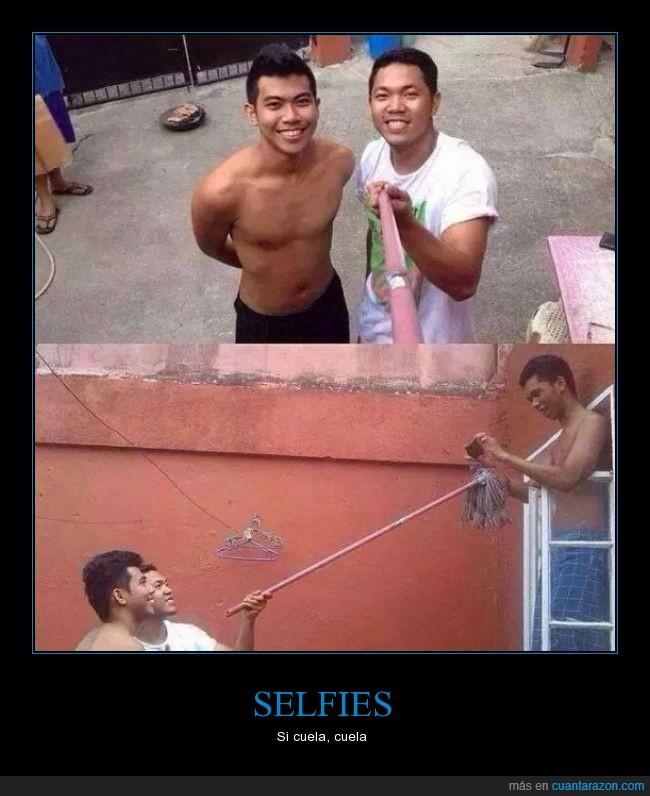 altura,amigo,autofoto,ayudar,escoba,fregona,palo,selfie,ventana