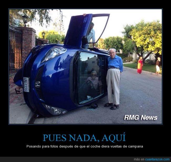 accidente,ancianos,campana,coche,dentro,foto,girado,girado vuelta