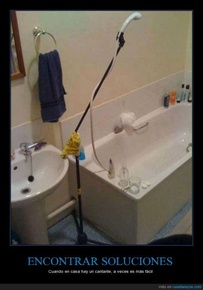 alcachofa,bañera,ducha,música,pie de micro,vocalista