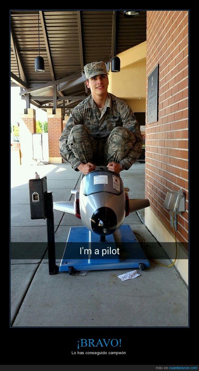 campeón,juguete,piloto,realidad,soldado,sueños