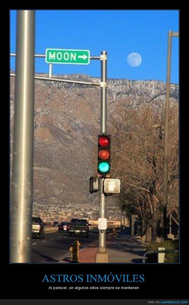 calle,carretera,cartel,coincidencia,curioso,humor,indicación,letrero,luna,seña