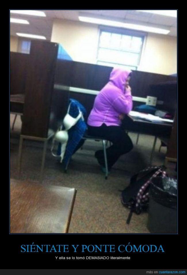 asiento,biblioteca,chica,clase,estudiar,sentar,silla,sostén,sujetador