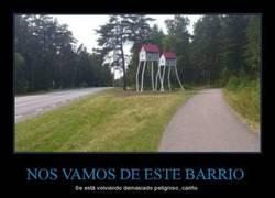 Enlace a NOS VAMOS DE ESTE BARRIO