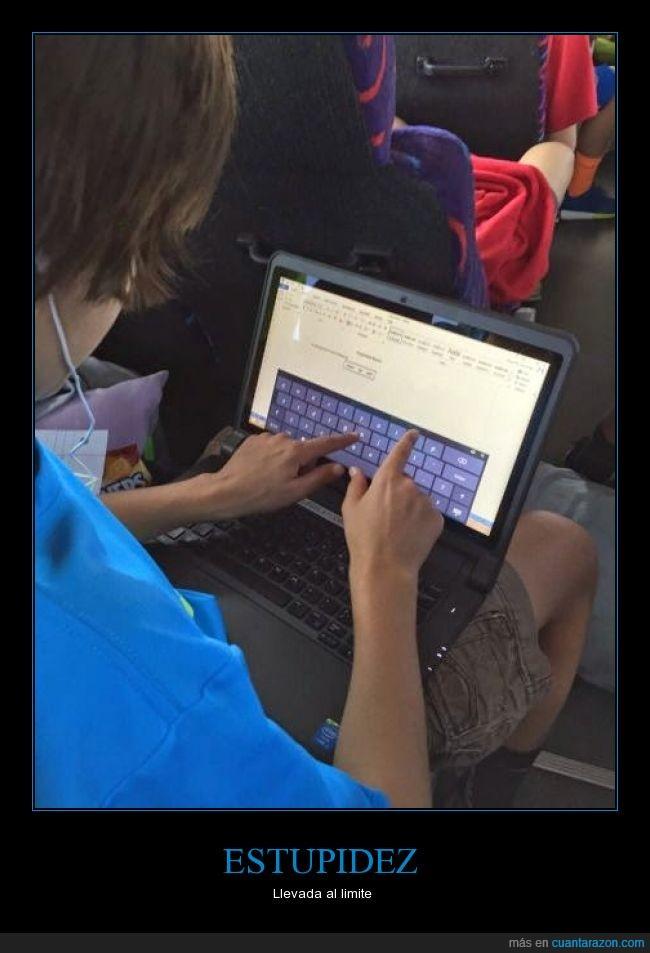 avión,estupidez,laptop,portatil,tablet,táctil,teclado
