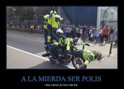 Enlace a A LA MIERDA SER POLIS