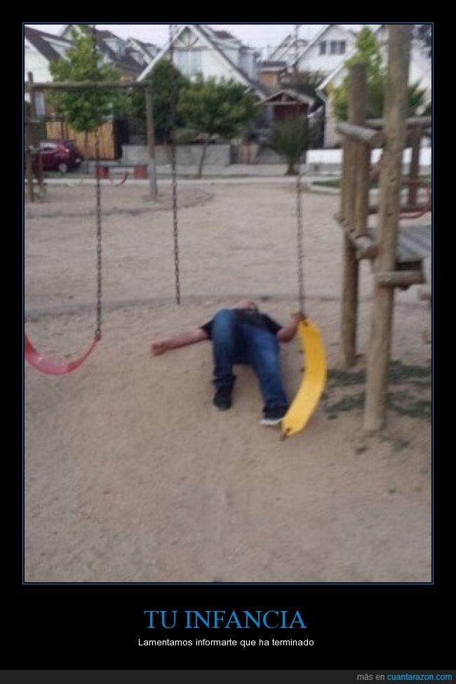 caída,Columpio,crecido,golpe,grande,infancia,niñez,parque,romber