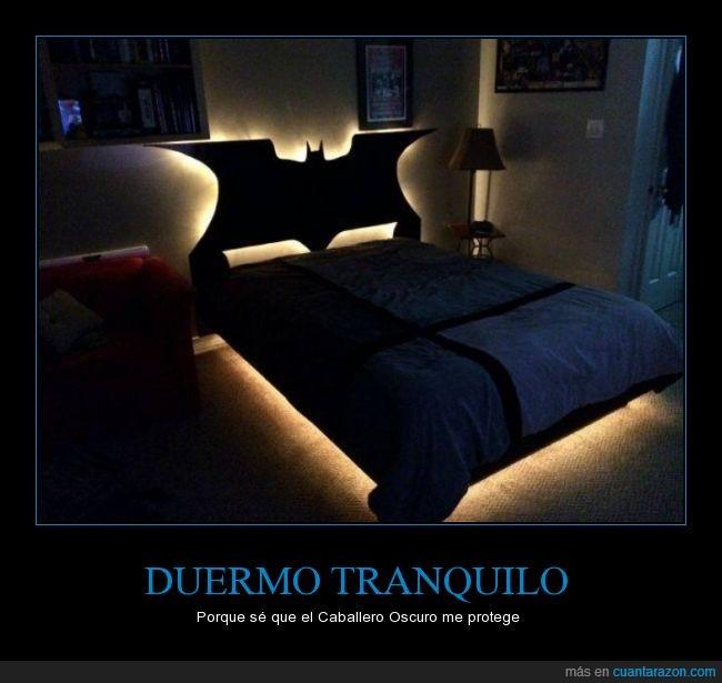 caballero oscuro,cabezal,cama,decoracion,dormir,duermo,habitacion,mueble,tranquilidad,tranquilo