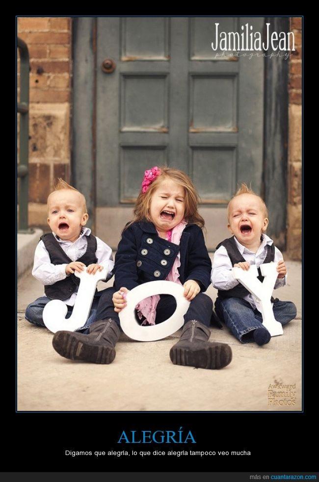 alegria,bebe,gritar,hermanos,joy,llorando,llorar,niña,niños