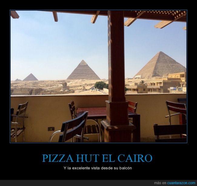 desierto,Egipto,El cairo,estaurante,maravillas,piramides,pizza,Pizza Hut,vista