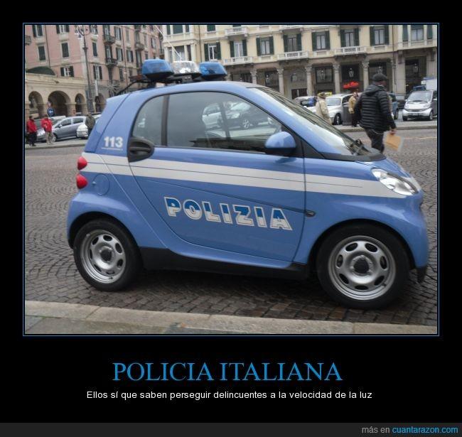 aparcar,delinquentes,encontrar,mini,parar,polizia,rapido,smart,velocidad,velocidad de luz