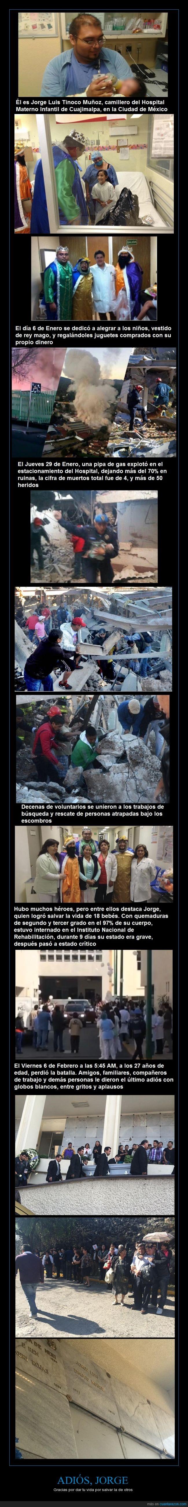 Cuajimalpa,explosión,héroe,hospital,México,quemaduras,rey mago,salvar
