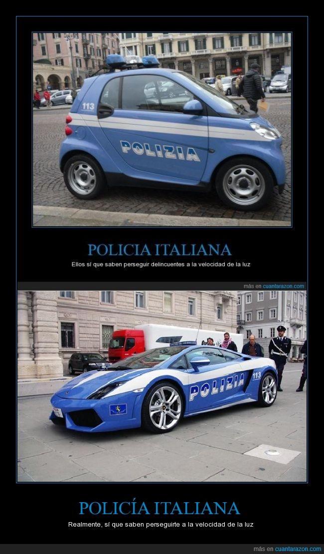en España el Megane RS,la alemana usa Porsches,Lamborghini,patrulla