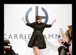 Enlace a JAMIE BREWER