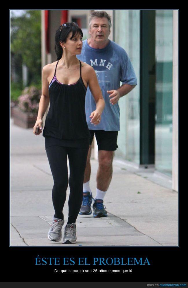 Alec Baldwin,cansado,correr,joven,mayor,mujer,novia,pareja,petado,running