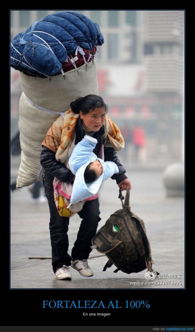 asia,bebe,cargamento,cargar,fortaleza,hijo,llevar,madre,mochilla,niño,peso,todo