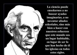 Enlace a BERTRAND RUSSELL