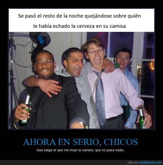 amigo,beber,bebida,borrachera,cerveza,fiesta,mancha,manchado,mojado