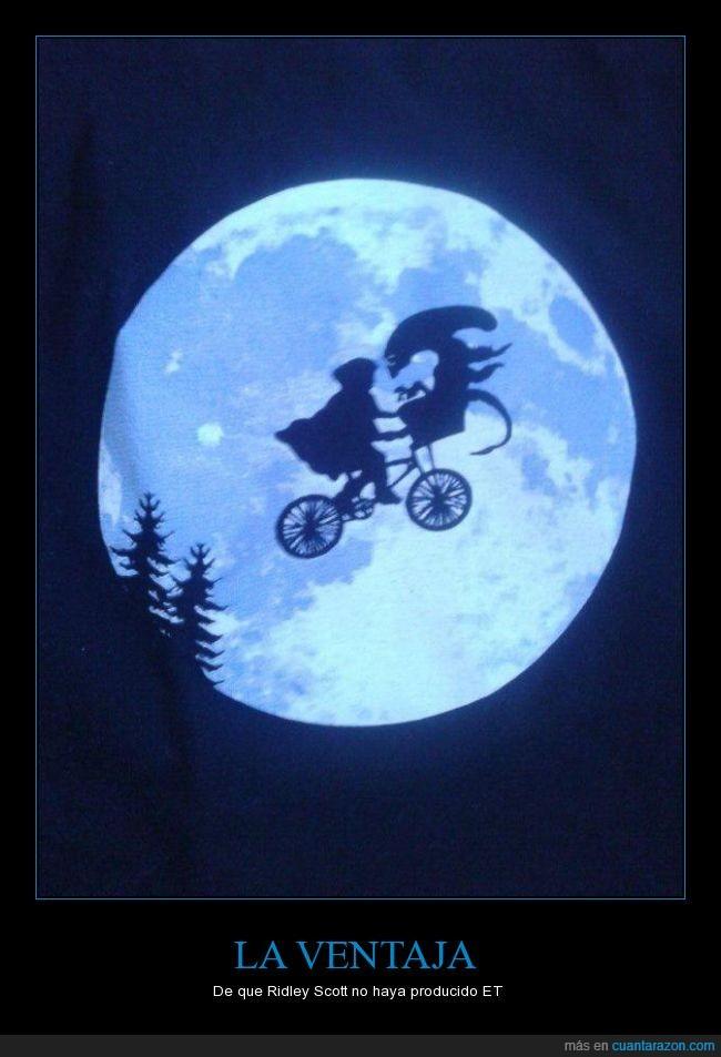 Alien,director,escape,ET,humor,luna,película,Ridley Scott,Steven Spielberg,vuelo