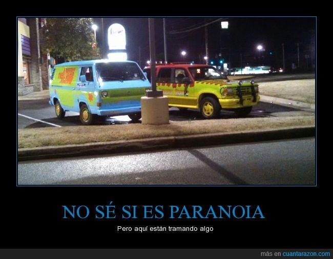 aparcado,aparcamiento,aparcar,coche,fantasma,fiesta,furgoneta,jeep,jurasico,Jurassic Park,lado,parque,que ira a pasar,Scooby Doo