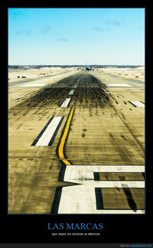 aeropuerto,aterrizaje,aterrizar,avión,aviones,caucho,marca,negro,neumatico,pista,rueda,sucio,surco