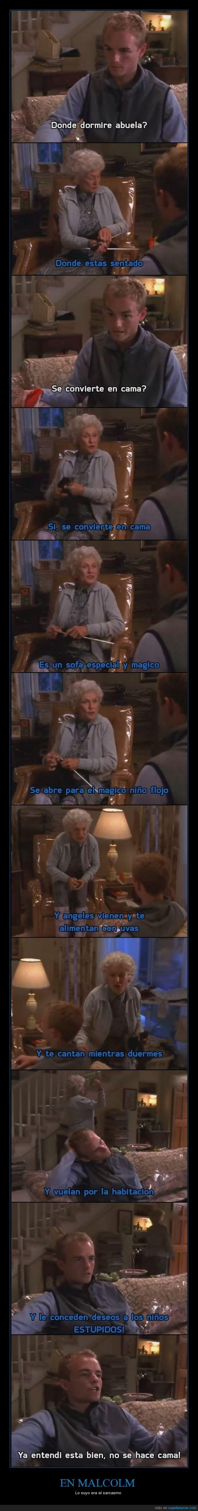 abuela,cama,Francis,magico,Malcolm in the middle,sarcasmo,sofa,troll