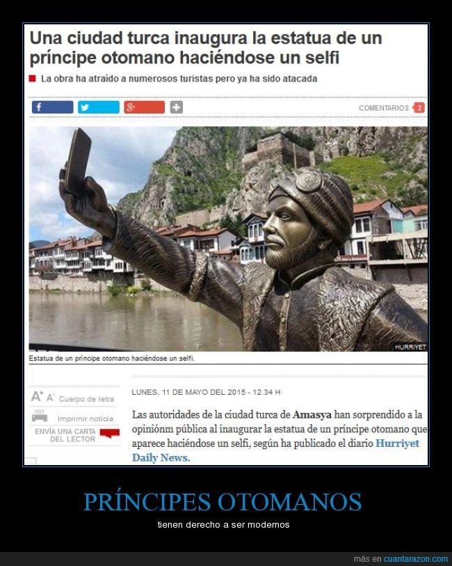 Amasya,estatua,foto,movil,no entiendo nada,otomano,principe,selfie,Turquía